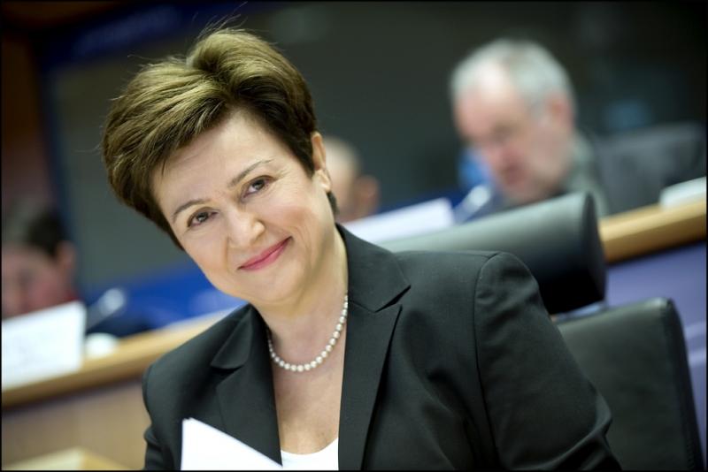 Евродепутат консерватор поставя под въпрос пътните разходи на Кристалина Георгиева