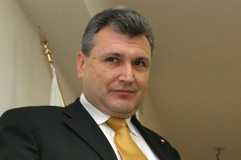Шефът на Правителствена болница с оферта за вице при Калфин президент
