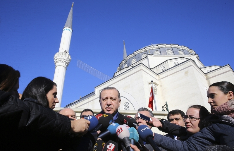 Ердоган на крачка от президентска република