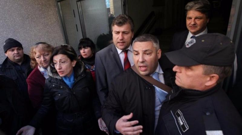 Борците за съдебната система пак клиенти на Темида