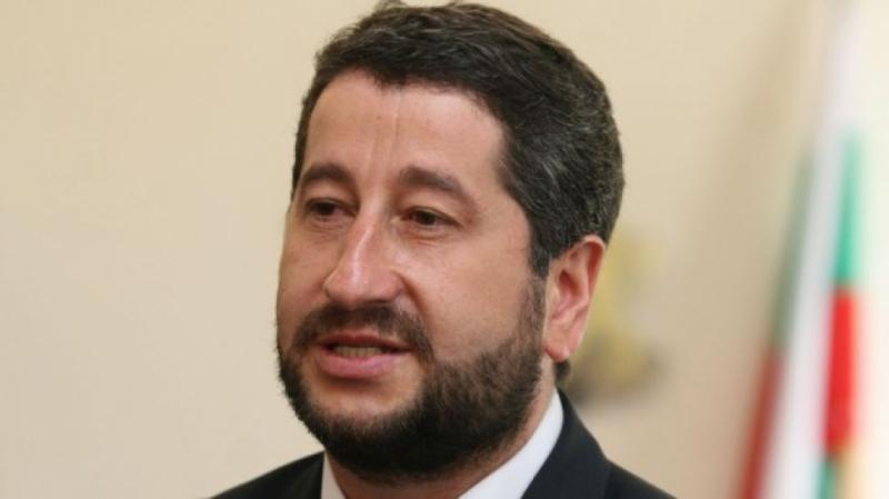 Христо Иванов предложил закона, който освободи Наглите