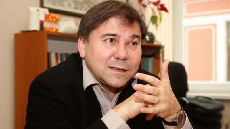 Иван Кръстев упражнил нерегламентиран натиск върху Рашидов