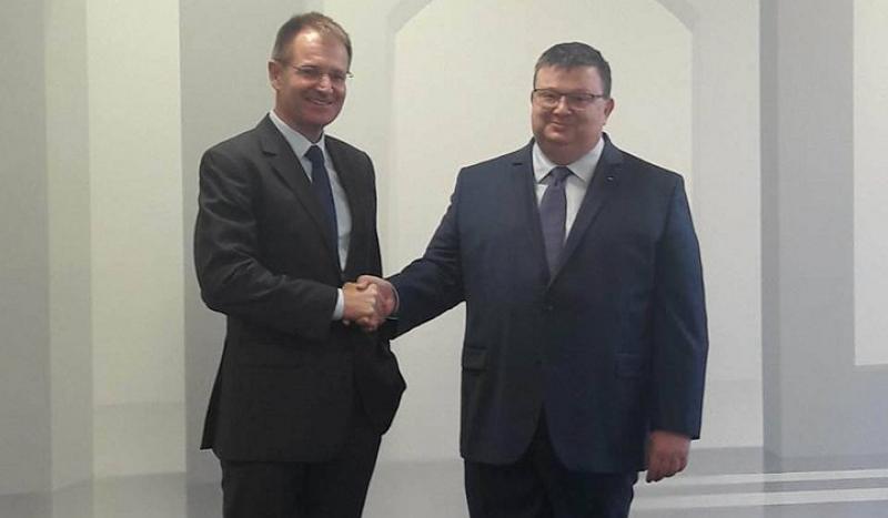 Цацаров се срещна с федералния прокурор на Германия