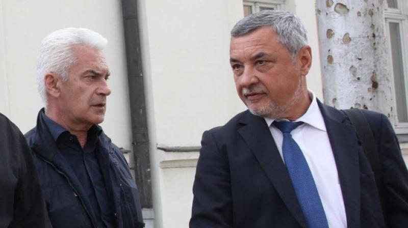 Сидеров официално поиска оставката на Симеонов