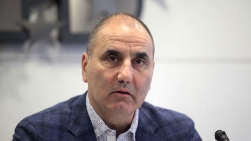 Цветанов подкрепи българските строители
