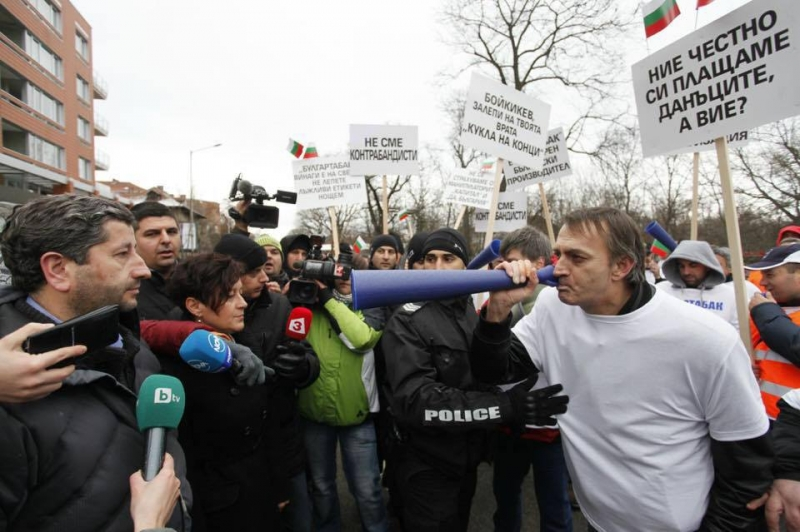 Коалицията на олигархията в битка за София