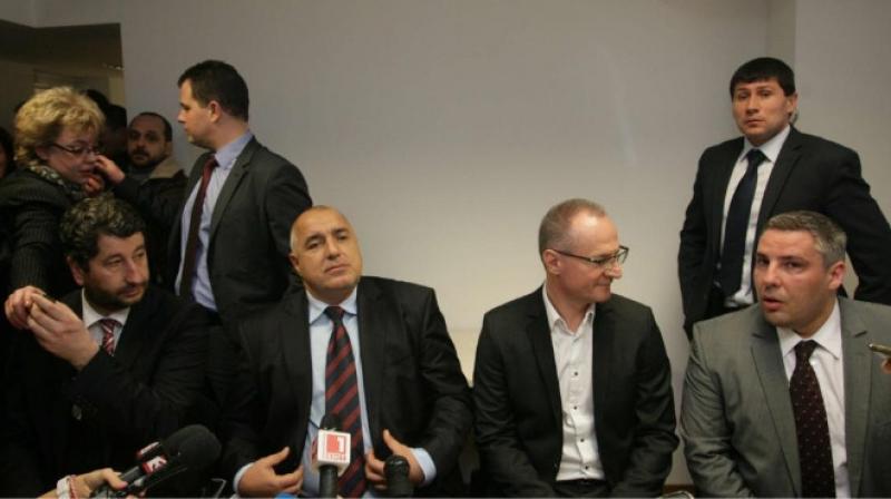 Борисов ли пази Лозан Панов?